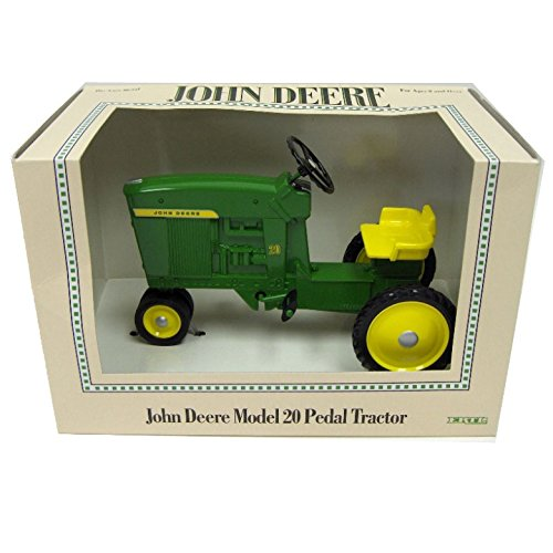 ERTL 1/6th John Deere Die-Cast Model 20 Pedal Tractor