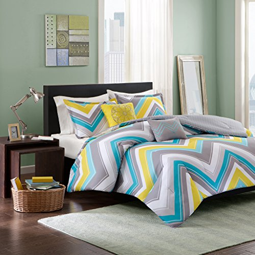 Intelligent Design Elise Comforter Set Full/Queen Bedding Sets - Blue, Yellow, Grey, Cheveron – 5 Piece Teen Bed Set – Peach Skin Fabric Bed Comforter by Intelligent Design