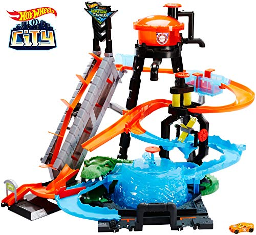 Hot Wheels Ultimate Gator Car Wash Playset from Hot Wheels