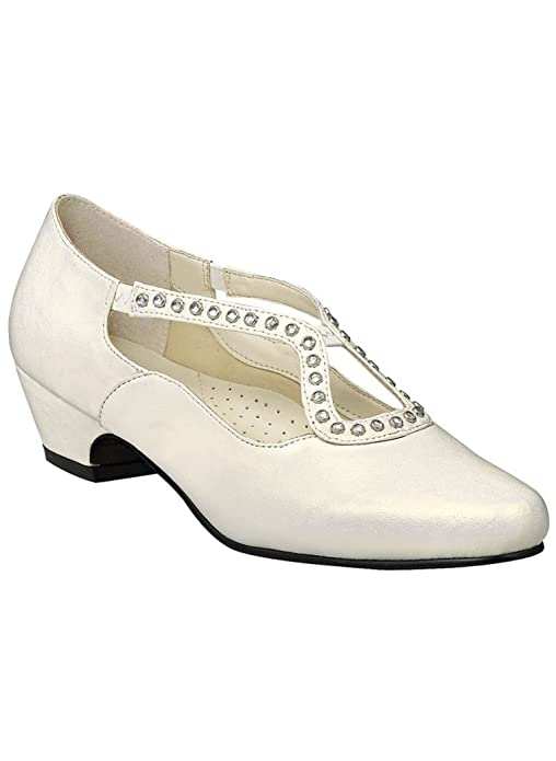 Edwardian Shoes & Boots Angel Steps Sylvia Pump $34.99 AT vintagedancer.com