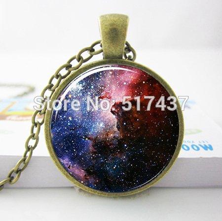 Pretty Lee 2015 New Fashion Hot Glass Dome Jewelry Carina Nebula Necklace Galaxy Universe Pendant Glass Photo Pendant Necklace Sliver