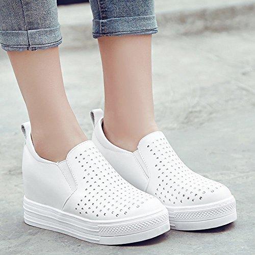 Mee Shoes Damen Hidden Heels Slip On Plateau Pumps Weiß