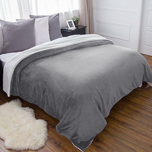 BEDSURE Sherpa Fleece Blanket Queen  Size  Grey Plush Throw