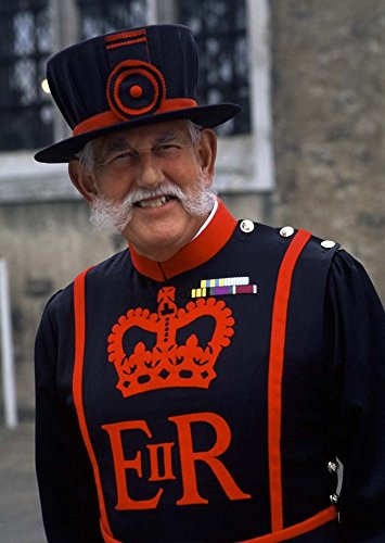 [Beefeater in Costume at the Tower of London, London, England by Bill Bachmann / Danita Delimont Art Print, 14 x 20] (Beefeater Costumes)