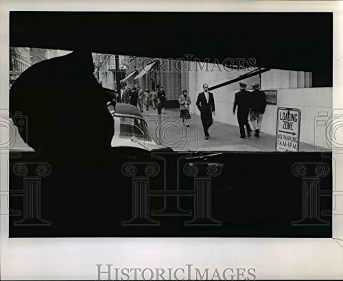 1956 Press Photo Building which houses Loomis Armored Car Service is un-notable
