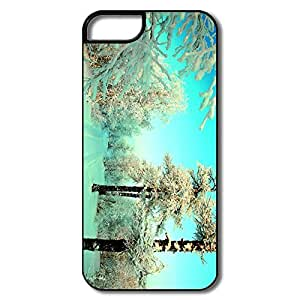 Unique Winter IPhone 5/5s Case For Family