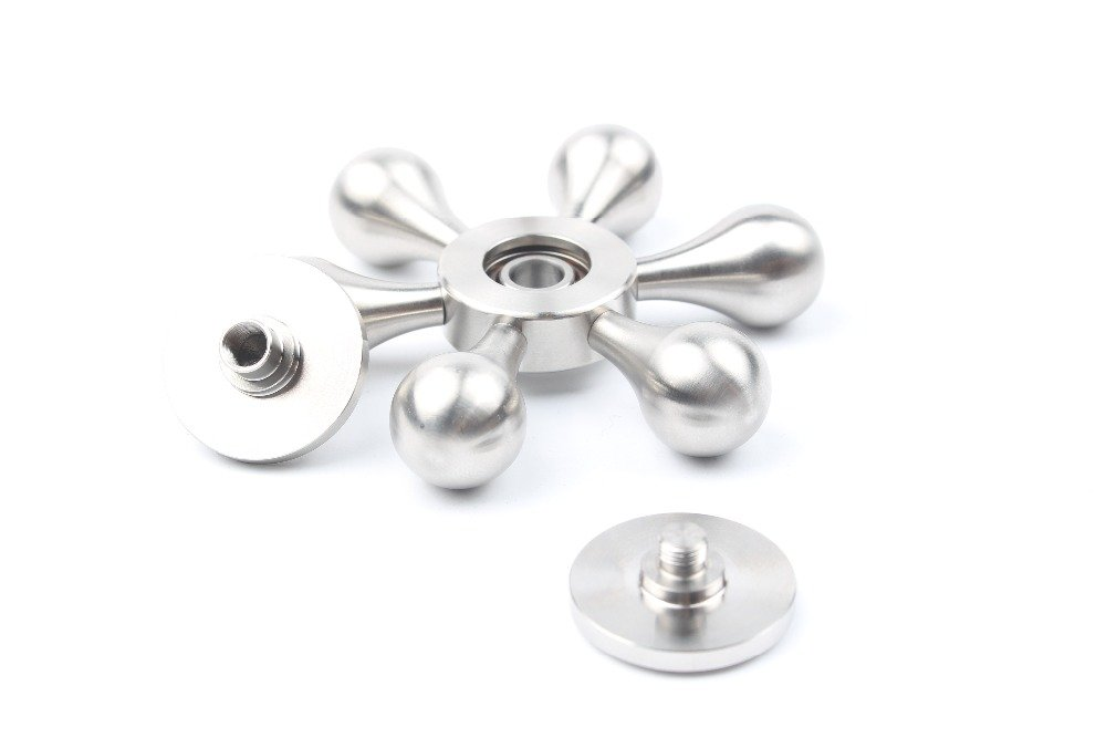 iSpnOmatic Premium Quality 6 Arm Metal Super Balanced Fidget Spinner with unique Arm altering design fitted with industrial spec R188 bearing and comes with Figet Case for Stress Relief Fidget Toy Sliver Color