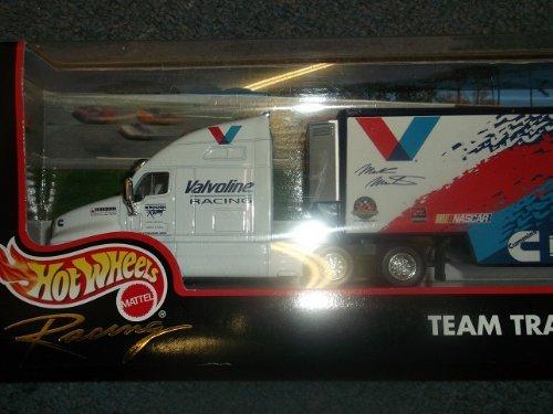 hot-wheels-racing-team-transporter-rouch-valvoline-cummins-truck