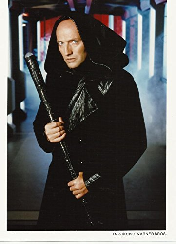 Babylon 5 Peter Woodward Galen Ready to Fight 8 x 10 Photo