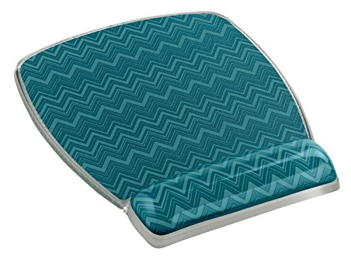 3M Precise Mouse Pad with Gel Wrist Rest, Soothing Gel Comfort with Durable, Easy to Clean Cover, Optical Mouse Performance, Fun Chevron Design -