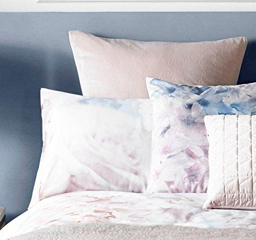 KARL LAGERFELD FLOURISH CREAM PINK GREY HOUSEWIFE PILLOWCASE (Pink Flourish)