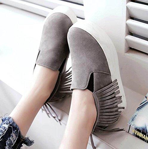 Showhow Womens Elegante Scamosciata Frangia Slip Elastico Su Tacco Medio Accresce Scarpe Antiscivolo Piattaforma Antiscivolo Grigio