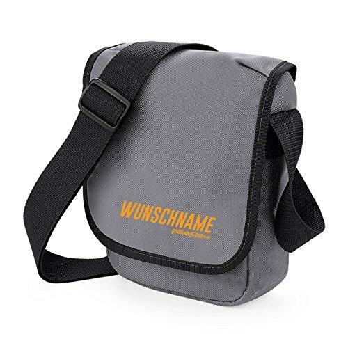 Kleine Tasche, Schultertasche, Kameratasche in grau - mit Ihrem eigenen Wunschnamen! von Goodman Design