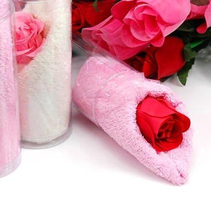 Toallas de invitados en forma de bolsa con jabón