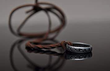 Uncharted 3 Nathan Drakes Ring with Necklace Strap from Collectors Edition