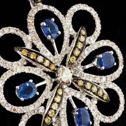 1ct & 1.28ct saphir et diamant Or blanc 18 carats avec pendentif en forme de fleur