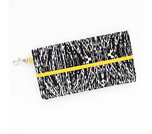 kailo-chic-large-cell-phone-wallet-bw-abstract-with-crossbody-strap