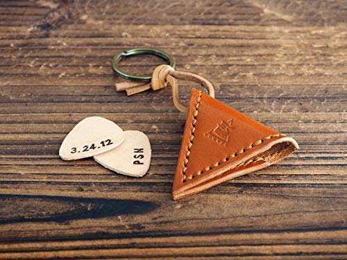 Leather Guitar Pick Holder - Unique Gift for Him Musician, Handmade Men's Gift, First Personalized Engraved Leather Pick for Free, Keychain, Guitar Pick Case #Honey Brown