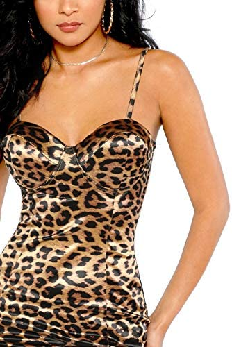 Cleavage dress hot _image0