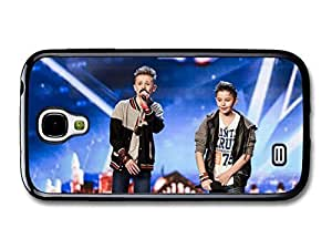 AMAF ? Accessories Bars and Melody Boyband Leondre Devries Charlie Lenehan Performing Live case for Samsung Galaxy S4
