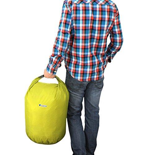 wasserdichte Trockentasche - BLUE FIELD Outdoor wasserdichte Trockentasche fuer Kanu Kajak Rafting Camping [koennen komprimiert werden, halten Lebensmittel, Kleidung, Taschen] (40L, gruen)