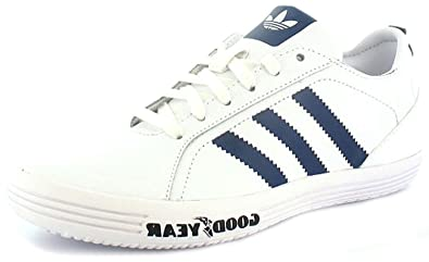boys adidas trainers 13