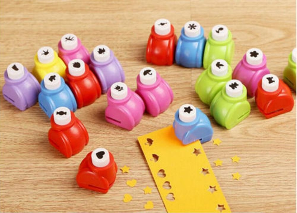 1 x Cute Handmade Craft Paper Punches Hole Shapers Small Puncher DIY Gift (Star)