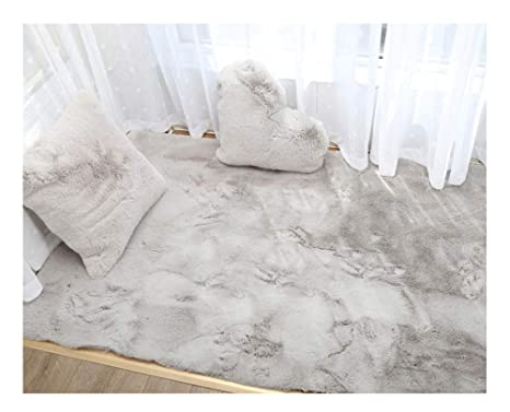 Stupendous Amazon Com Imitation Fur Sheepskin Windowsill Carpet Area Gmtry Best Dining Table And Chair Ideas Images Gmtryco