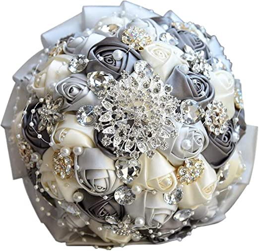 Amazon Com Wedding Bride Holding Bouquet Roses Brooch Bridesmaids