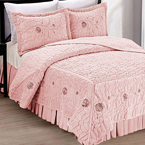 Home Soft Things Serenta Faux Fur Ribbon Embroidered 3 Piece Microfiber Bedspread/Quilt Set, King, Light Pink