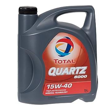 Aceite de motor de la marca Total Quartz 5000, modelo 15W-40, 5