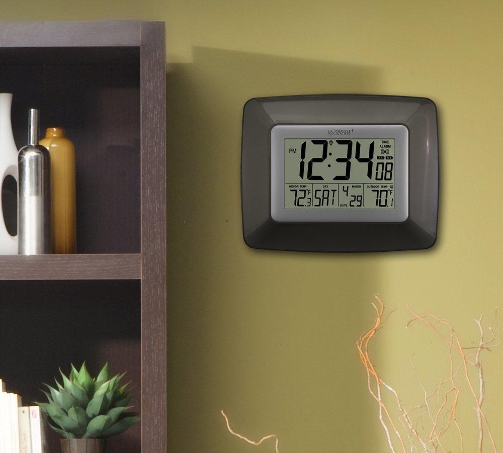 La Crosse Technology WS-8119U-IT-CHO At-mica reloj de pared digital con IN-OUT Temp-Bronce: Amazon.es: Electrónica