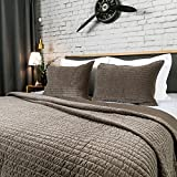 Elegant Life Reversible King Size Bed Quilt, Super Soft Cotton Royal Velvet Quilts, 108'' x 92'', Olive