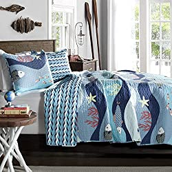 Tropical Fish, Beach House, Nautical, Cottage, Twin Quilt & Sham Set (2 Piece Bedding) + HOMEMADE WAX MELT