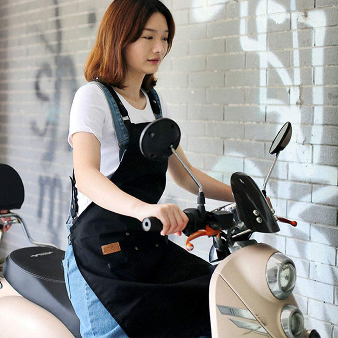 Xianheng Delantal de Trabajo Mandil para Hombres Mujeres con Bolsillos con Cintas Cruzadas Ajustables Impermeable Puro para Cafeter/ía Restaurante Negro