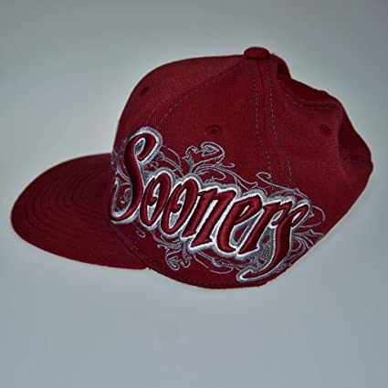 info for e87f4 22cdd Amazon.com   OU Sooners 3D Logo Cap NCAA College Football Embroidered TOW  One Fit OKLAHOMA   Sports   Outdoors