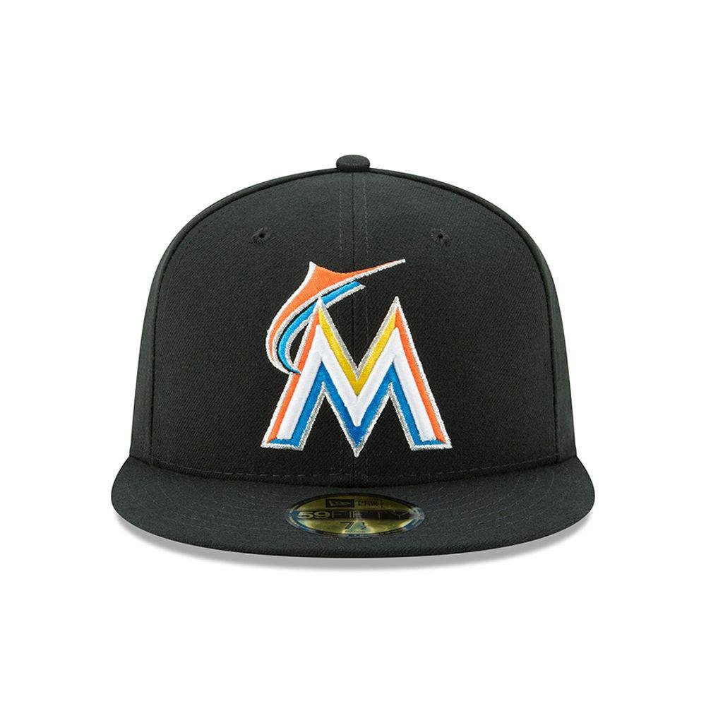2a5b78a8161 Amazon.com  New Era 59FIFTY Miami Marlins MLB 2017 Authentic Collection On  Field Home Fitted Cap  Clothing