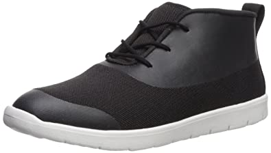 40ff19964cc Amazon.com | UGG Kids K Seaway Chukka Sneaker | Sneakers