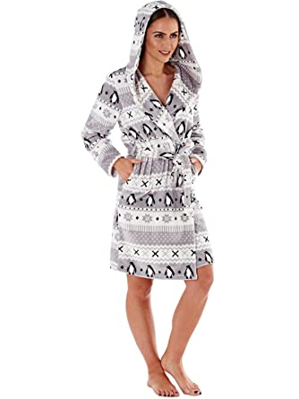 0d1e53fe6 Women's Hooded Penguin Print Fleece Robe 110cm. Grey 16/18: Amazon ...