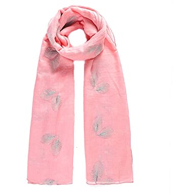 fd04dfa29b30 Intrigue Foulard pour femme Rose Taille L  Amazon.fr  Vêtements et ...