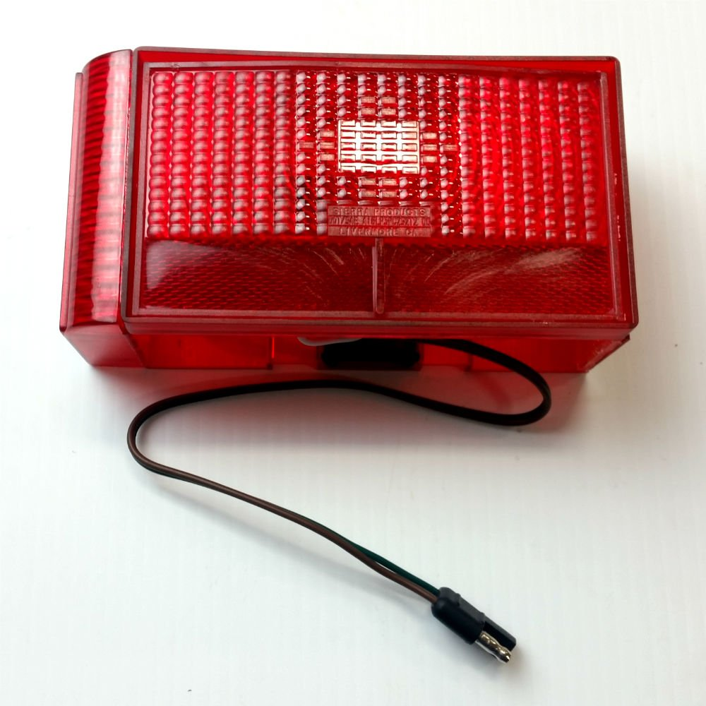 ShoreLand'r 5110014 Right Side Tail Light - Curved Inside by ShoreLand'r