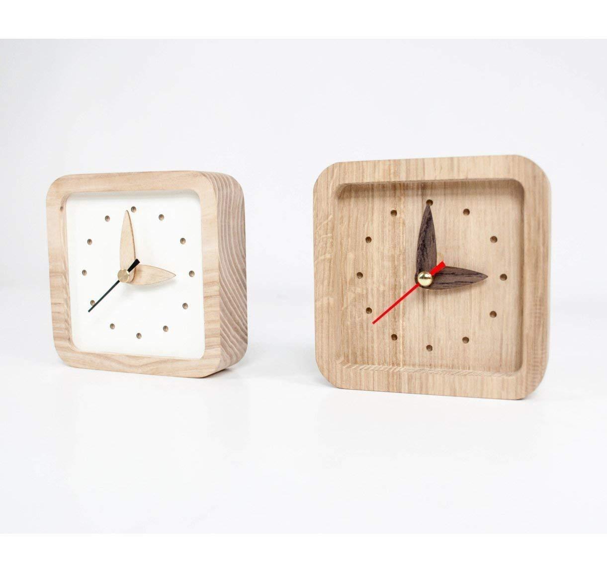 Kleine hölzerne Tisch Uhr - 2 Farben erhältlich Weiß oder Naturholz Farbe - Einzigartige Eichen Holz Uhr – Quadrat Form Tisch Uhr – Weiße hölzerne Tisch Uhr - Exklusive Business-Geschenk mit Logo