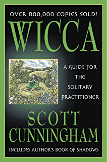 Bucklands complete book of witchcraft llewellyns practical magick wicca a guide for the solitary practitioner fandeluxe Image collections