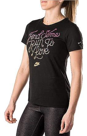 5da297a9 Amazon.com: Nike Women's Dri-Fit City Core Running Shirt: Clothing