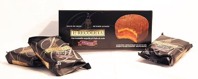 Alfajores rellenos de dulce de leche y Bañados en Chocolate Negro. LA RECOLETA Premium.