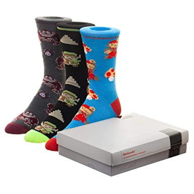 5e0aa97f4ee Amazon.com  Nintendo NES Game Console 3 Pack Crew Socks Set  Clothing