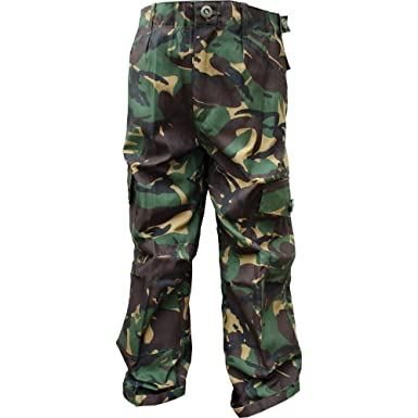 3522bd7f64 Boys 13-14 Army Combats Woodland Camouflage Soldier Cargo Trousers: Amazon. co.uk: Clothing