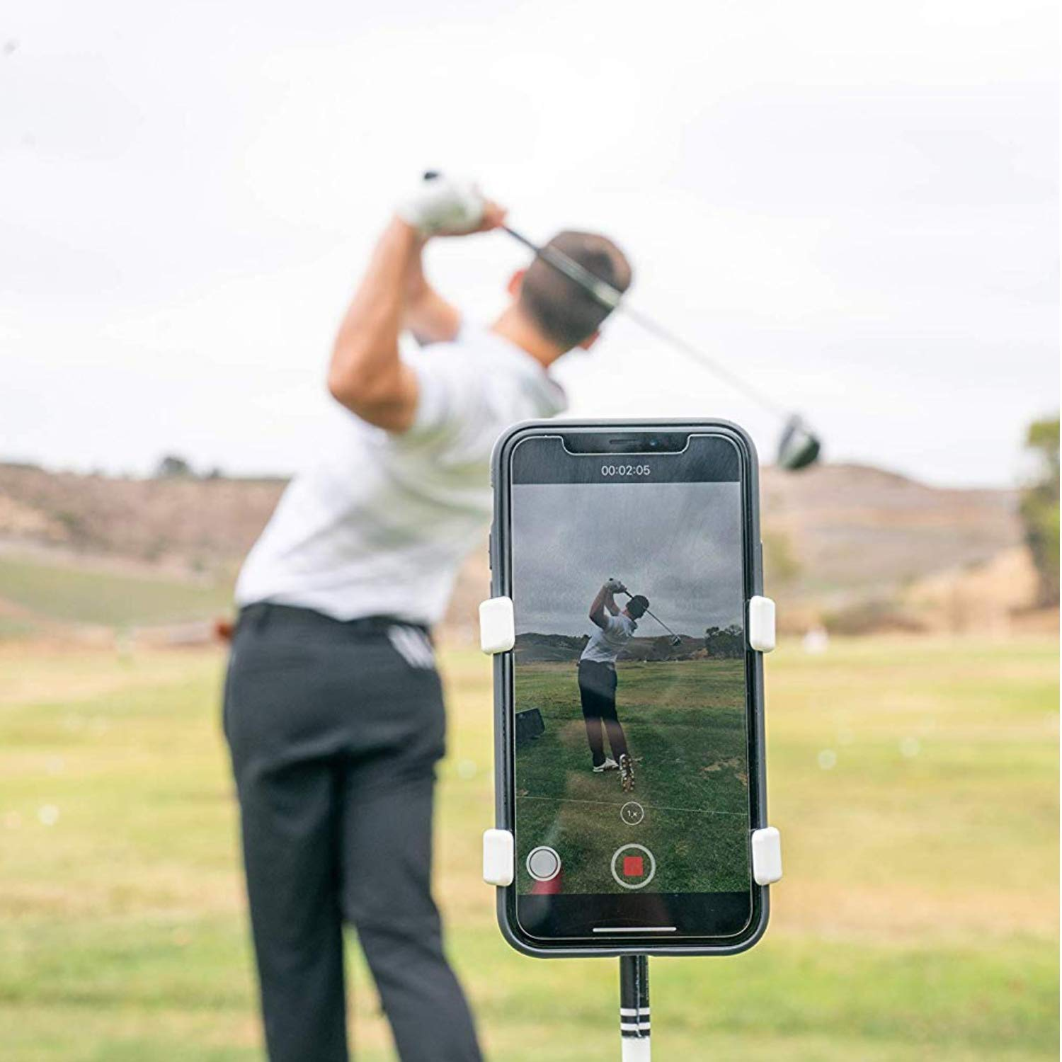 SelfieGolf Record Golf Swing - Cell Phone Clip Holder and Training Aid - Golf Accessories | Winner of The PGA Best Product | Works with Any Smart Phone, Quick Set Up (Green/White)
