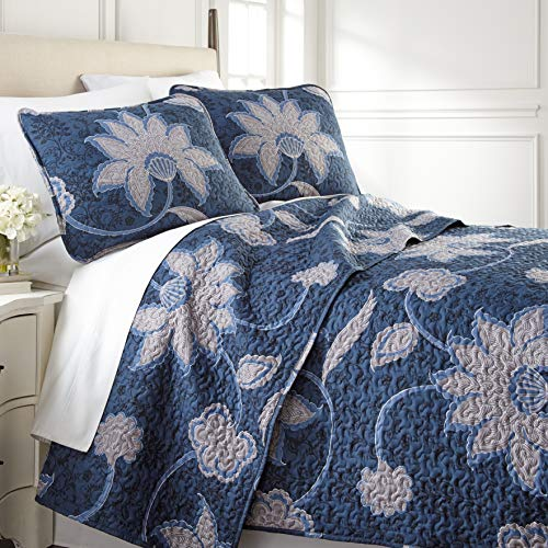 Southshore Fine Living, Inc. Grand Floral Collection - Oversized Quilt Set, King/California King, Blue