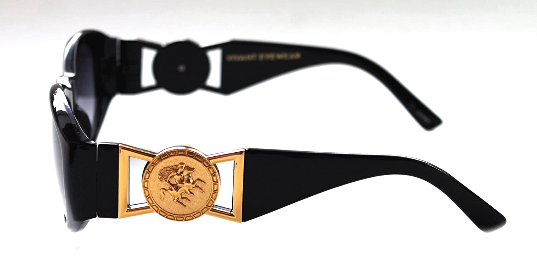 39f2b45aa9a1c Amazon.com  Men s Hip Hop Metal Gold Coin Logo 413 Medium Sunglasses  Vintage Style Biggie 852 (Black Gold